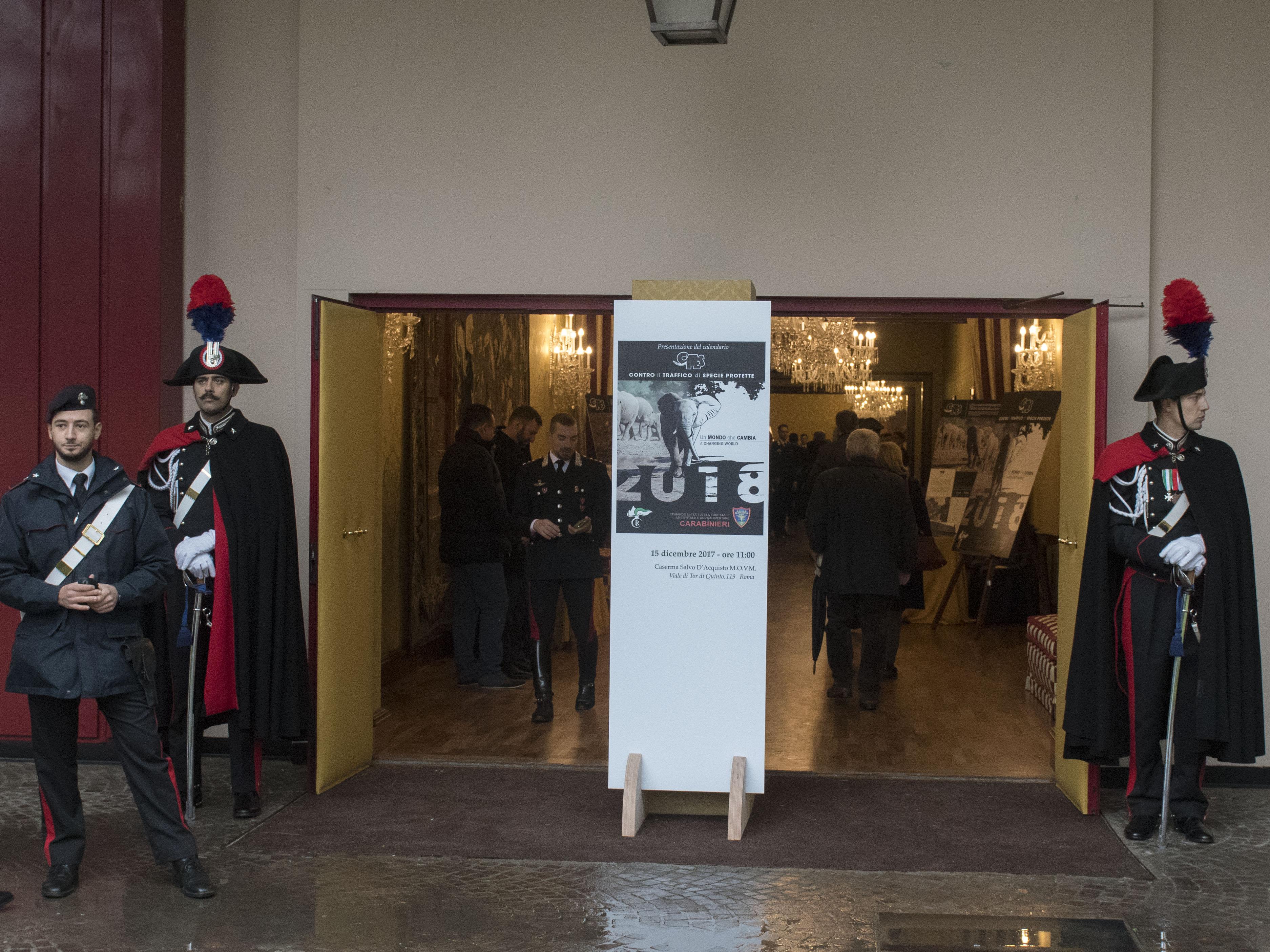 Calendario Carabinieri Dove Si Compra.Calendario Cites 2018 Www Gabrieleferramola It